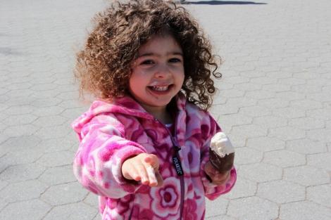 Spring-Ice-Cream-Snap-Mammas-Candid-5