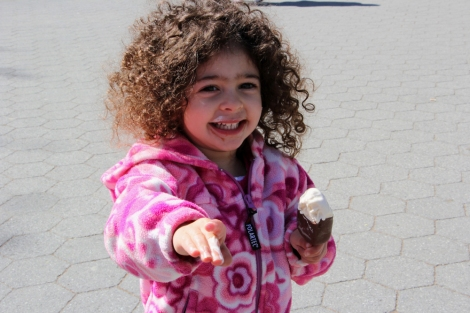 Spring-Ice-Cream-Snap-Mammas-Candid-5