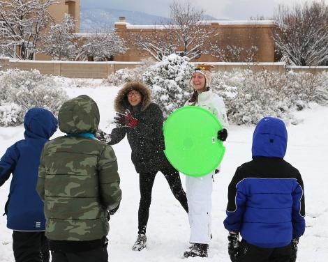 IMG_5251-SnowballFight
