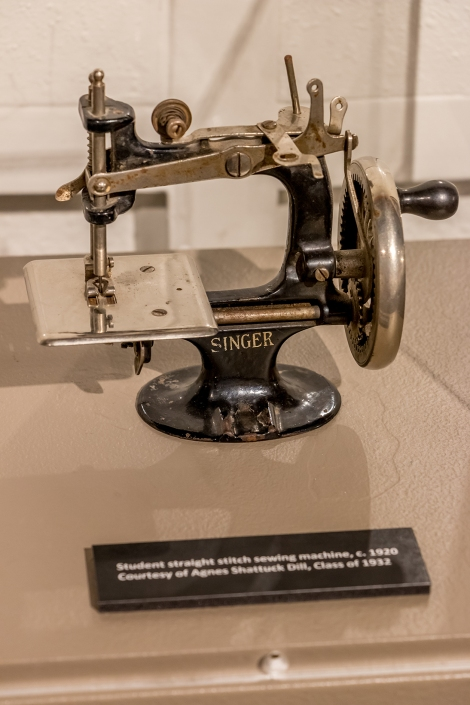 IndianPuebloCulturalCenter-3324-SEWINGmACHINEsmall