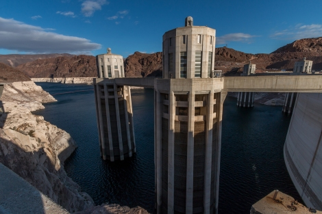 HooverDam_LookingOutTheBack-5393-small